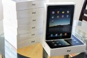WTS Apple iPad 2 64GB & Apple iPhone 4 HD 32GB