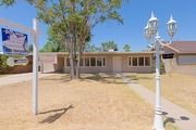 Owners have taken great pride in this home! Rent to own AZ